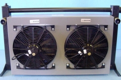 HYDRUALIC COOLER WITH TWIN FANS